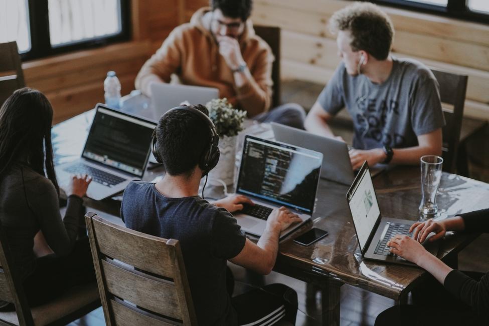 Cum sa excelam in web design sau dezvoltare web